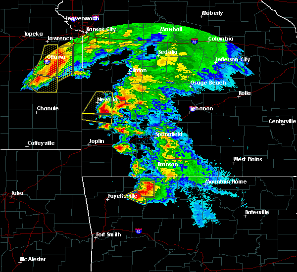 Radar Image for Severe Thunderstorms near Schell City, MO at 5/4/2020 11:32 AM CDT