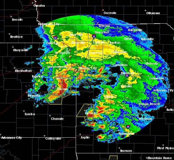 Radar Image for Severe Thunderstorms near Lone Elm, KS at 5/4/2020 11:34 AM CDT