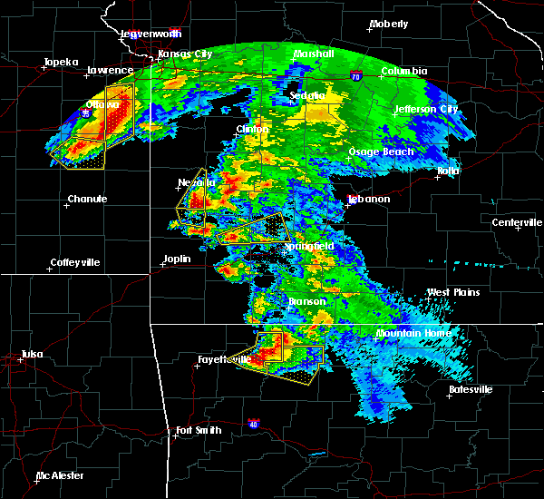 Radar Image for Severe Thunderstorms near Milford, MO at 5/4/2020 11:40 AM CDT