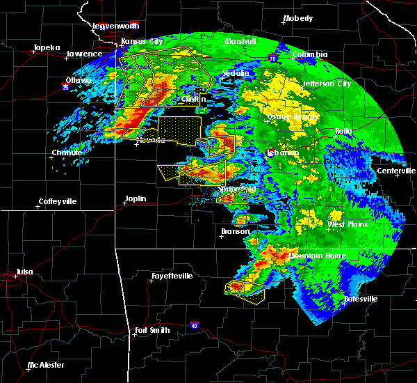 Radar Image for Severe Thunderstorms near Bennett Springs, MO at 5/4/2020 12:30 PM CDT
