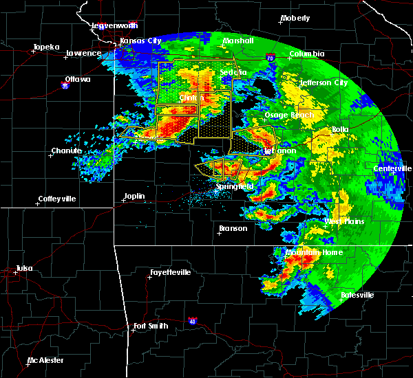 Radar Image for Severe Thunderstorms near Linn Creek, MO at 5/4/2020 1:04 PM CDT