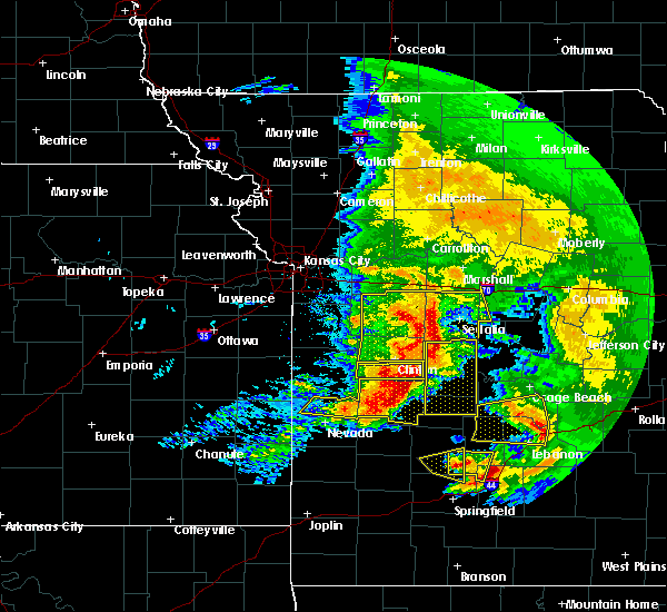 Radar Image for Severe Thunderstorms near Clinton, MO at 5/4/2020 1:05 PM CDT