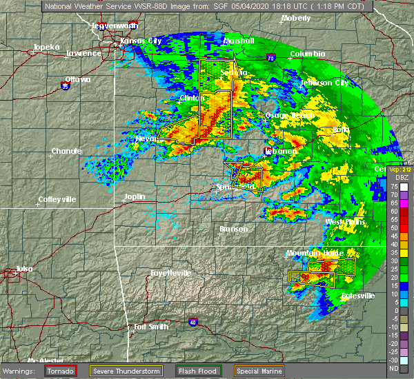 Radar Image for Severe Thunderstorms near Bennett Springs, MO at 5/4/2020 1:25 PM CDT
