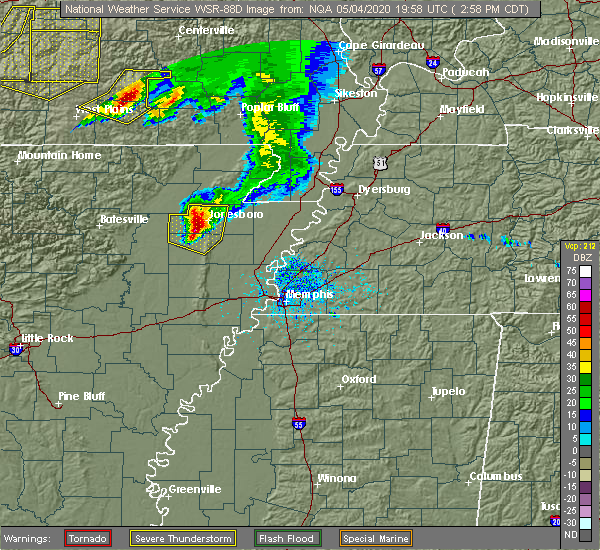 Radar Image for Severe Thunderstorms near Fairdealing, MO at 5/4/2020 3:02 PM CDT