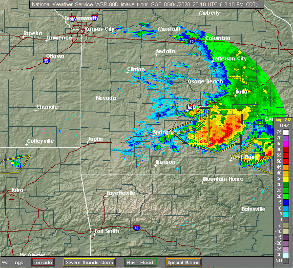 Radar Image for Severe Thunderstorms near Alton, MO at 5/4/2020 3:14 PM CDT