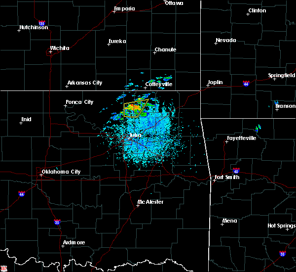 Radar Image for Severe Thunderstorms near Nowata, OK at 5/4/2020 3:39 PM CDT