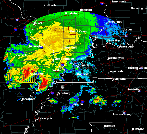 Radar Image for Severe Thunderstorms near Fairdealing, MO at 5/4/2020 4:51 PM CDT