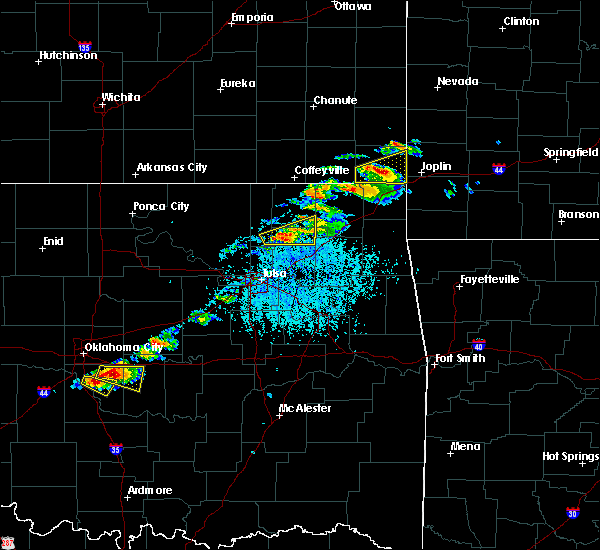 Radar Image for Severe Thunderstorms near Baxter Springs, KS at 5/4/2020 4:56 PM CDT