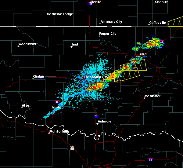 Radar Image for Severe Thunderstorms near Slaughterville, OK at 5/4/2020 5:10 PM CDT