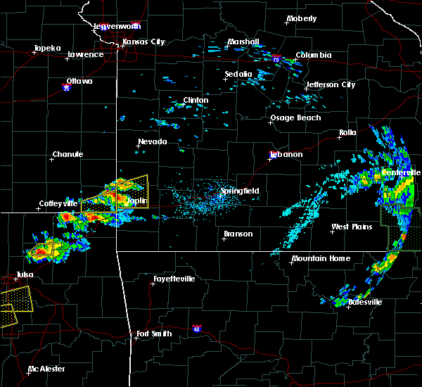 Radar Image for Severe Thunderstorms near Joplin, MO at 5/4/2020 5:17 PM CDT