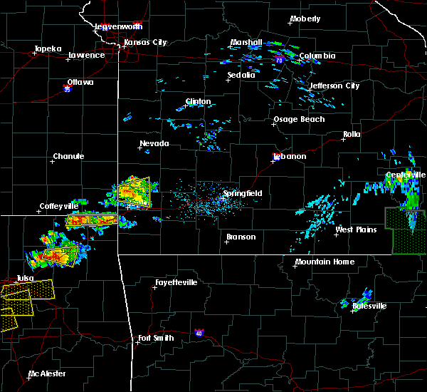Radar Image for Severe Thunderstorms near Baxter Springs, KS at 5/4/2020 5:27 PM CDT