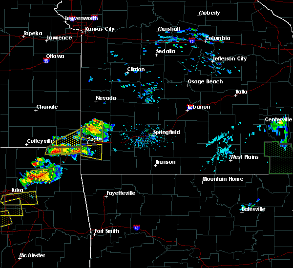 Radar Image for Severe Thunderstorms near Joplin, MO at 5/4/2020 5:30 PM CDT
