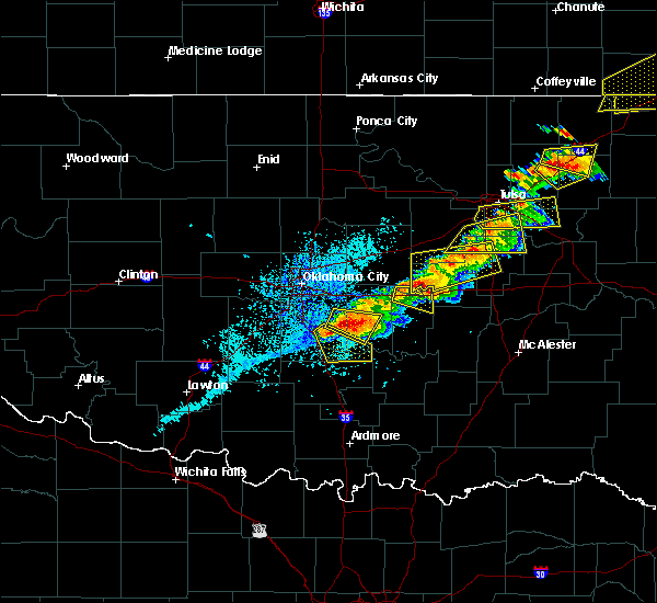 Radar Image for Severe Thunderstorms near Cromwell, OK at 5/4/2020 5:39 PM CDT