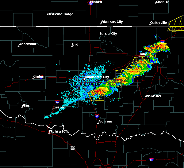 Radar Image for Severe Thunderstorms near Slaughterville, OK at 5/4/2020 5:45 PM CDT
