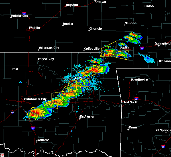 Radar Image for Severe Thunderstorms near Pryor Creek, OK at 5/4/2020 5:46 PM CDT