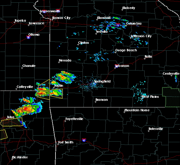 Radar Image for Severe Thunderstorms near Baxter Springs, KS at 5/4/2020 5:49 PM CDT