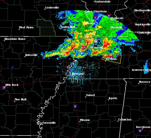 Radar Image for Severe Thunderstorms near Dyersburg, TN at 5/4/2020 6:06 PM CDT