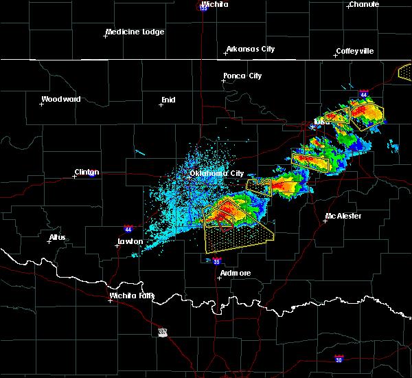 Radar Image for Severe Thunderstorms near Byars, OK at 5/4/2020 6:14 PM CDT