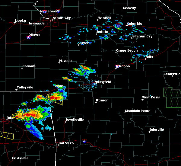 Radar Image for Severe Thunderstorms near Goodman, MO at 5/4/2020 6:34 PM CDT