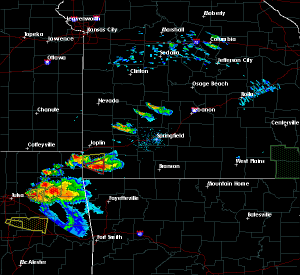 Radar Image for Severe Thunderstorms near Goodman, MO at 5/4/2020 6:46 PM CDT