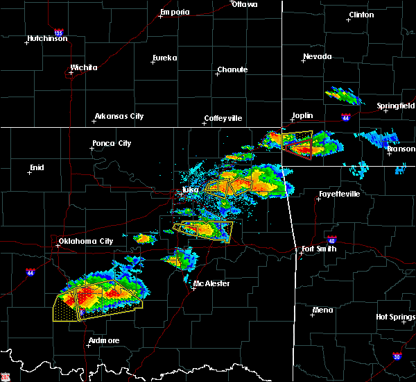Radar Image for Severe Thunderstorms near Iron Post, OK at 5/4/2020 6:49 PM CDT