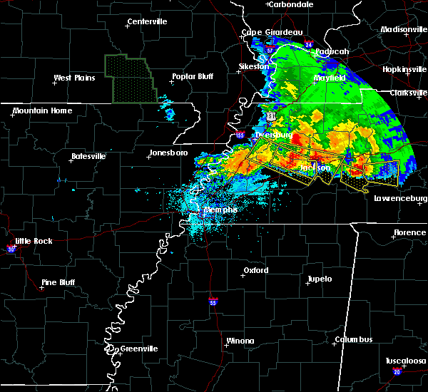 Radar Image for Severe Thunderstorms near Dyersburg, TN at 5/4/2020 6:55 PM CDT