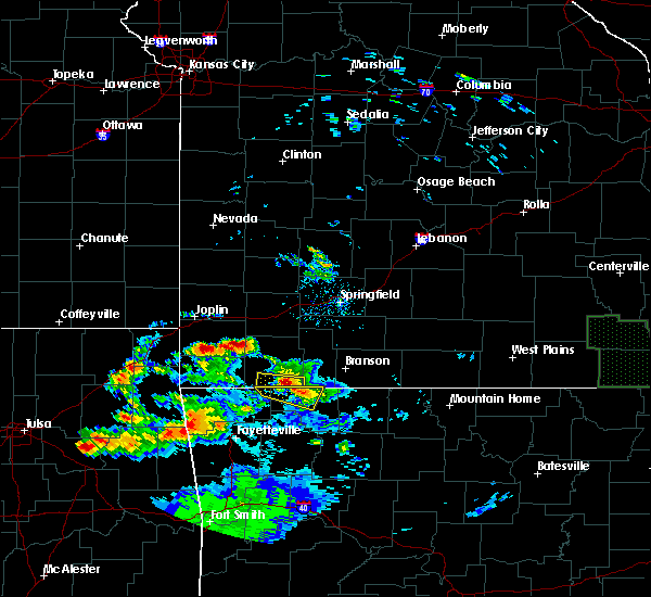 Radar Image for Severe Thunderstorms near Stella, MO at 5/4/2020 8:01 PM CDT