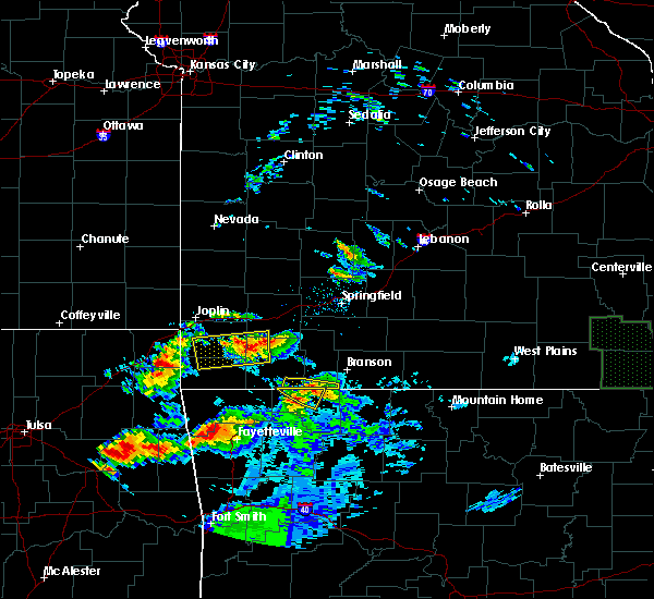 Radar Image for Severe Thunderstorms near Stella, MO at 5/4/2020 8:19 PM CDT