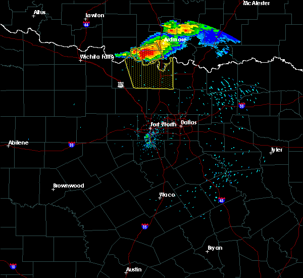 Radar Image for Severe Thunderstorms near Valley View, TX at 5/4/2020 8:22 PM CDT
