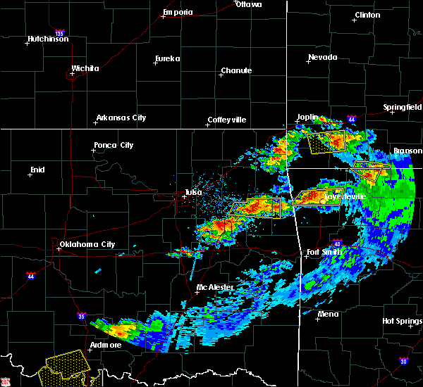 Radar Image for Severe Thunderstorms near Briggs, OK at 5/4/2020 8:28 PM CDT