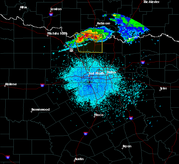 Radar Image for Severe Thunderstorms near Nocona, TX at 5/4/2020 9:00 PM CDT