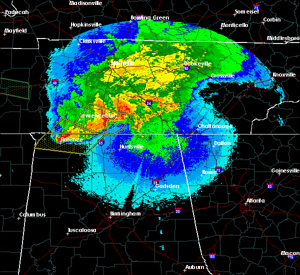 Radar Image for Severe Thunderstorms near Lewisburg, TN at 5/4/2020 9:16 PM CDT
