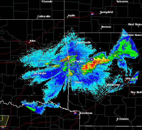 Radar Image for Severe Thunderstorms near New Blaine, AR at 5/4/2020 11:04 PM CDT