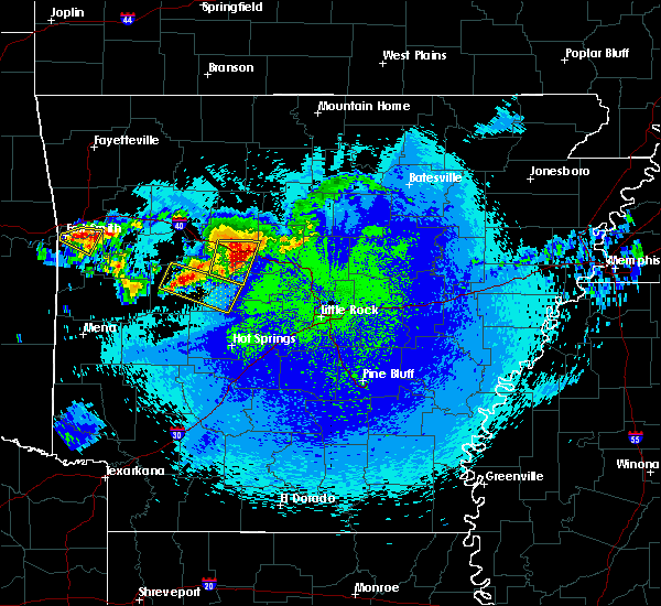 Radar Image for Severe Thunderstorms near Danville, AR at 5/4/2020 11:41 PM CDT