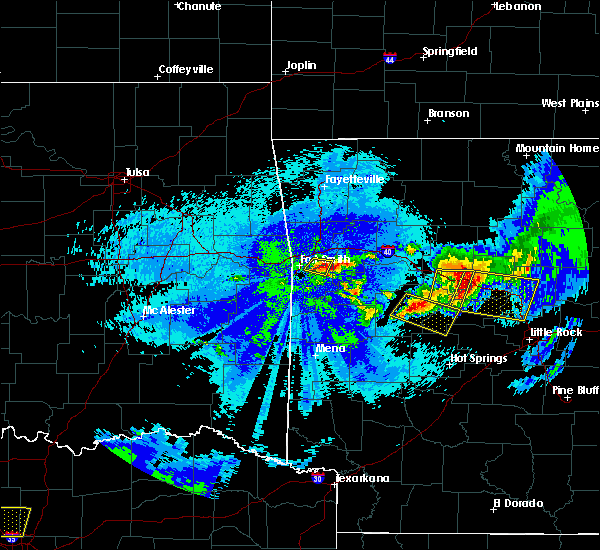 Radar Image for Severe Thunderstorms near Lavaca, AR at 5/4/2020 11:44 PM CDT