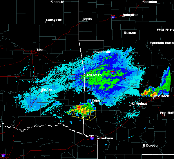 Radar Image for Severe Thunderstorms near Wickes, AR at 5/5/2020 2:09 AM CDT