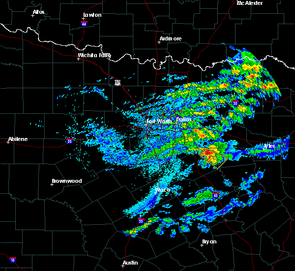 Radar Image for Severe Thunderstorms near Malakoff, TX at 5/5/2020 6:34 AM CDT