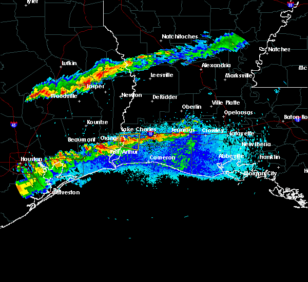 Radar Image for Severe Thunderstorms near Vinton, LA at 5/5/2020 8:26 PM CDT