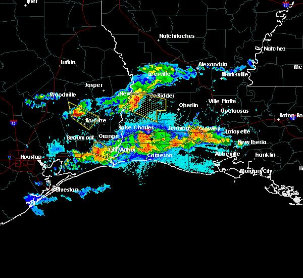 Radar Image for Severe Thunderstorms near Kountze, TX at 5/5/2020 9:26 PM CDT