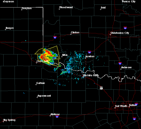 Radar Image for Severe Thunderstorms near Dodson, TX at 5/7/2020 5:52 PM CDT
