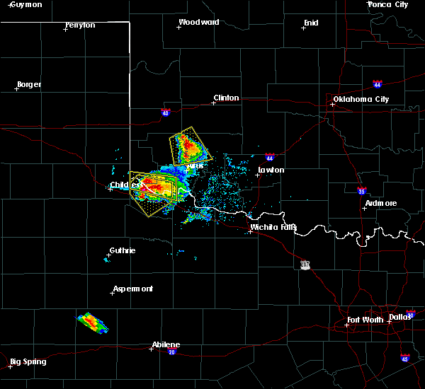 Radar Image for Severe Thunderstorms near Chillicothe, TX at 5/7/2020 6:31 PM CDT