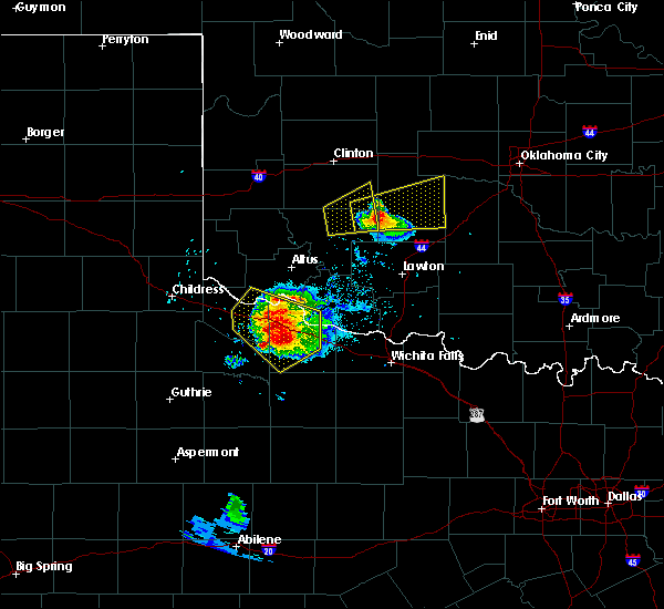 Radar Image for Severe Thunderstorms near Chillicothe, TX at 5/7/2020 7:12 PM CDT