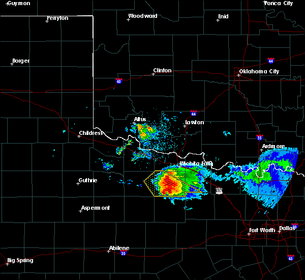 Radar Image for Severe Thunderstorms near Scotland, TX at 5/7/2020 8:32 PM CDT