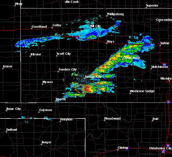Radar Image for Severe Thunderstorms near Ashland, KS at 5/7/2020 8:40 PM CDT