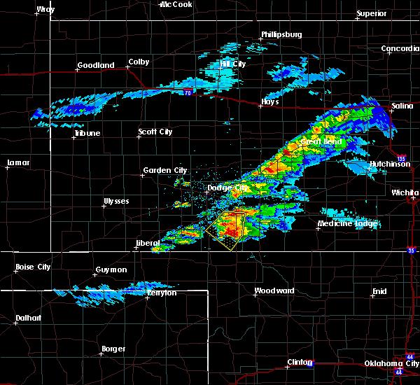 Radar Image for Severe Thunderstorms near Ashland, KS at 5/7/2020 8:58 PM CDT