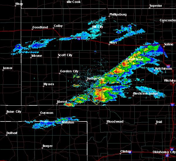 Radar Image for Severe Thunderstorms near Ashland, KS at 5/7/2020 9:05 PM CDT