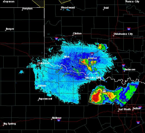 Radar Image for Severe Thunderstorms near Lawton, OK at 5/7/2020 9:24 PM CDT