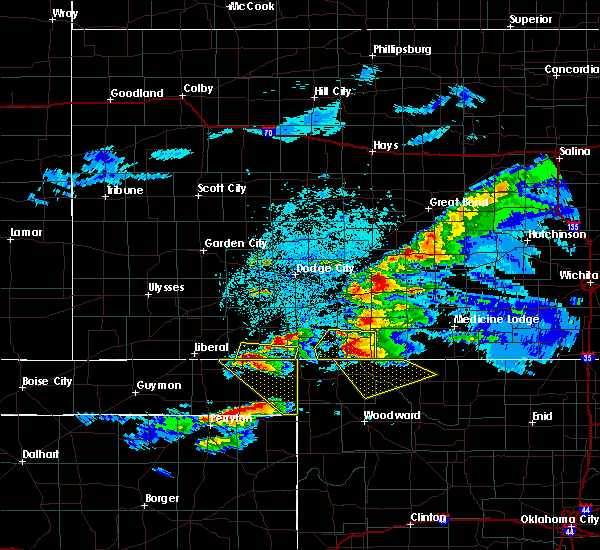 Radar Image for Severe Thunderstorms near Coldwater, KS at 5/7/2020 9:25 PM CDT