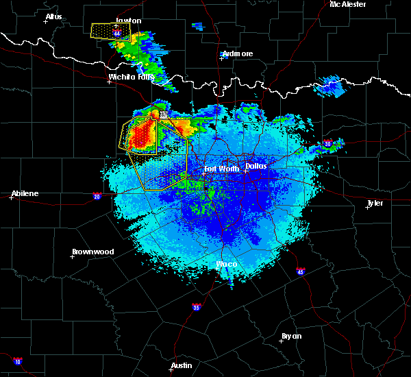Radar Image for Severe Thunderstorms near Bridgeport, TX at 5/7/2020 9:31 PM CDT