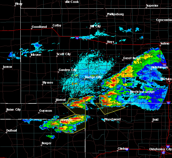 Radar Image for Severe Thunderstorms near Coldwater, KS at 5/7/2020 9:34 PM CDT